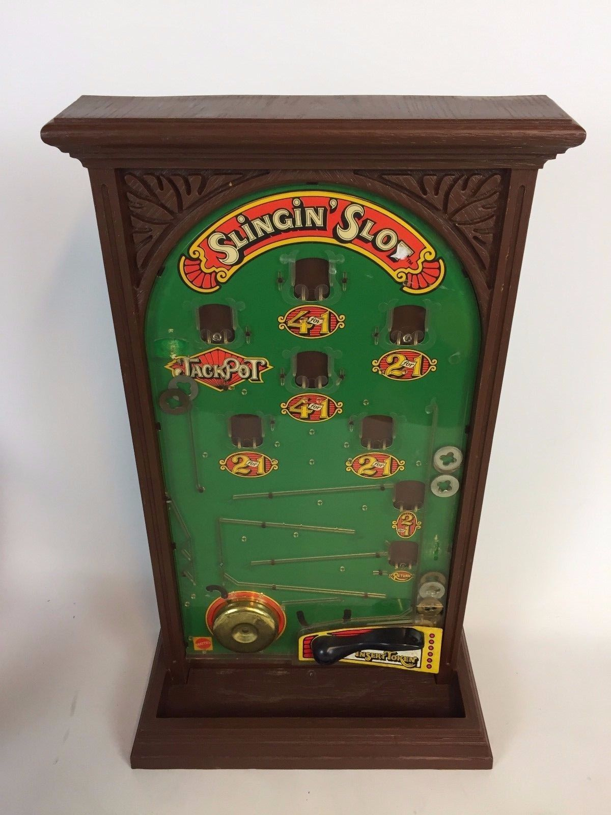 1973 Slingin' Slot Arcade Game with Tokens, Arcade games