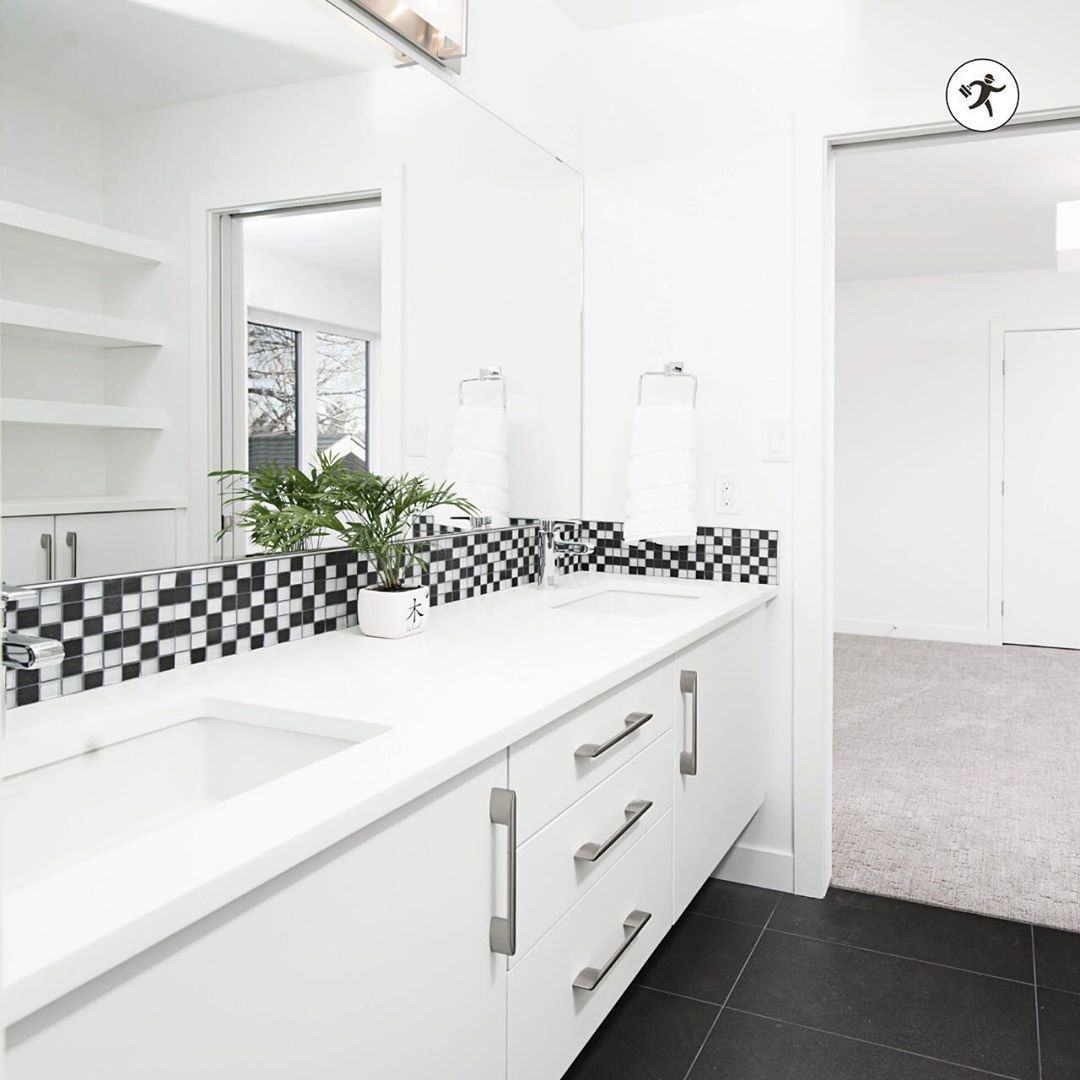 Strategy Formulas As Well As Guide With Regard To Acquiring The Best Result As Well As Attaining In 2020 Budget Bathroom Remodel Small Bathroom Diy Bathroom Remodel