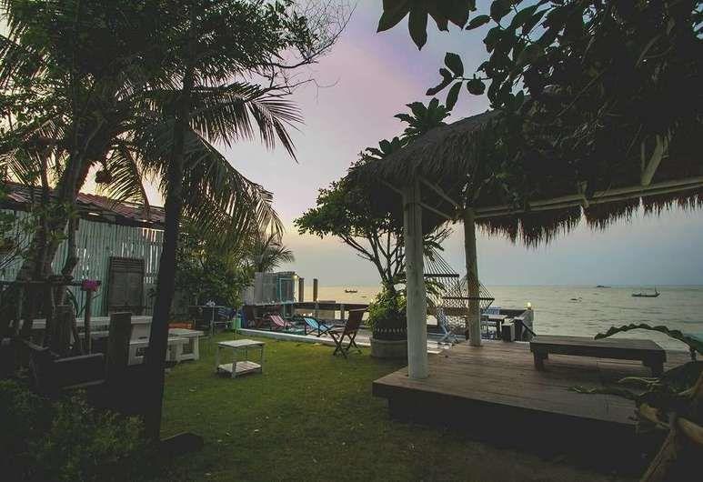 Sight Seaing At Phala Beach 145 20 Phala Beach Ban Chang