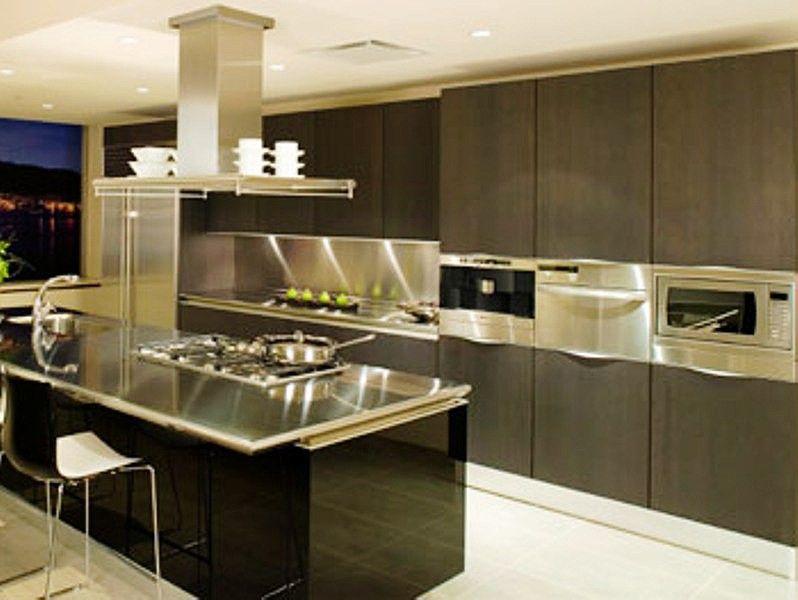Cocinas con islas modernas cocinas completas cocinas for Cocinas comedor con islas modernas