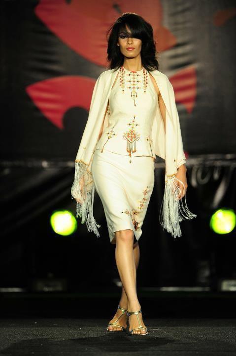 Algerian Fashion: Modern Berber Dress