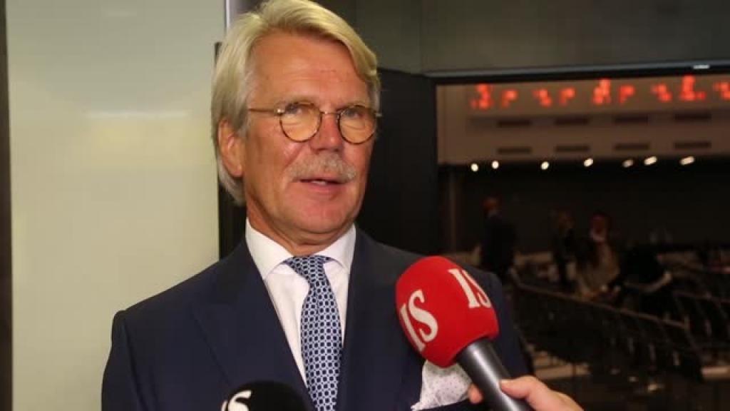 Pankkiiri Björn Wahlroos haluaa eroon ay-liikkeen vallasta ja työehtosopimusten yleissitovuudesta.