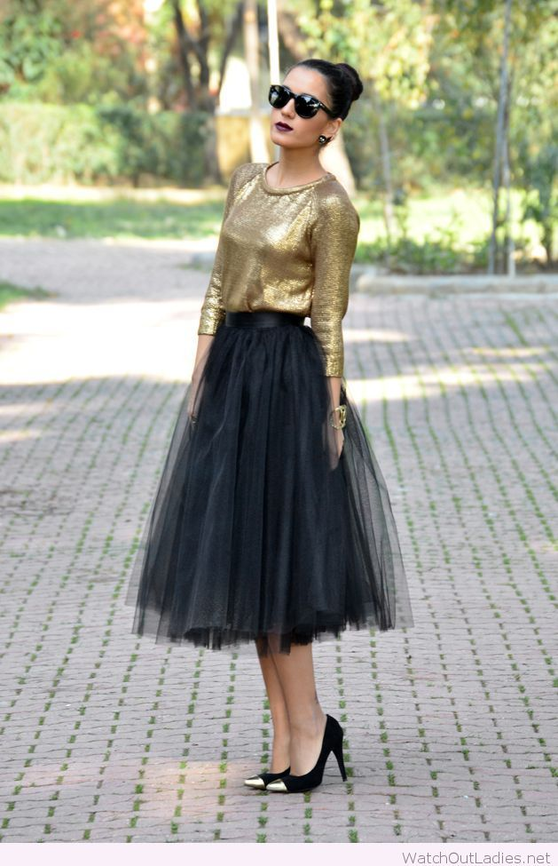 Long Black Skirt And Golden Blouse Tulle Skirts Outfit