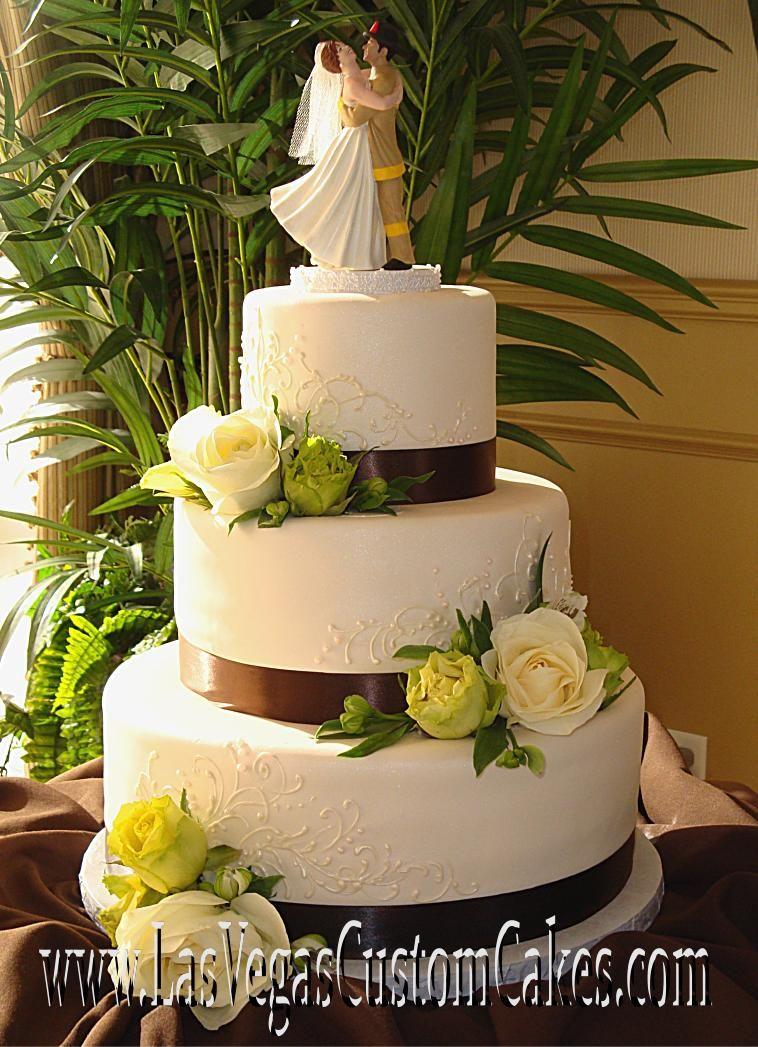 Images Of Super Cool Cake Las Vegas Style Rockwells Bakery Villa ...