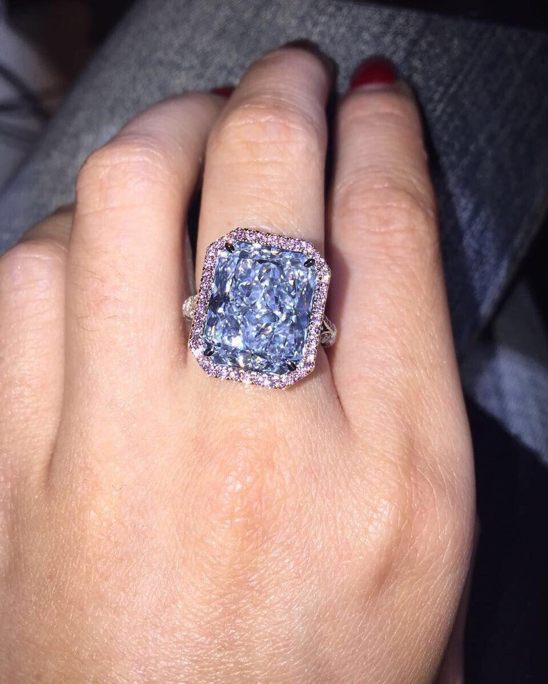 What 10 million looks like..... Jewelry bracelets silver