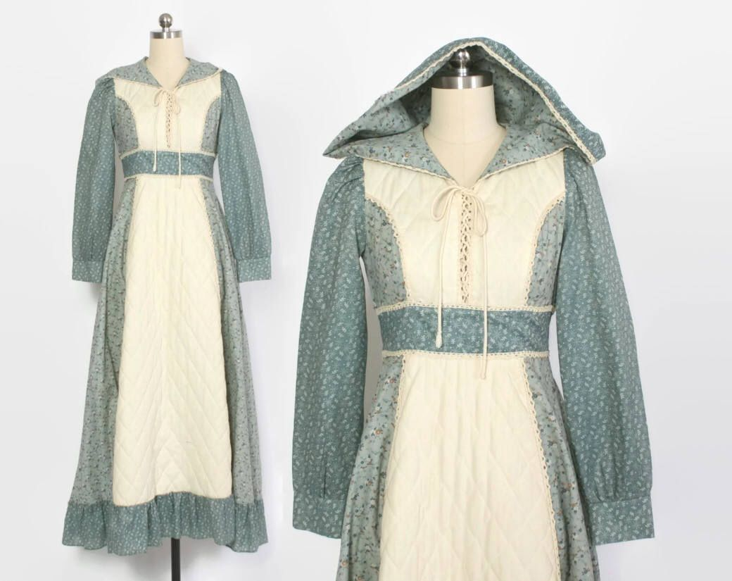 Vintage 70s Hippie Prairie Girl Wedding Dress Gown S M: Vintage 70s GUNNE SAX Dress / 1970s Hooded Blue Floral