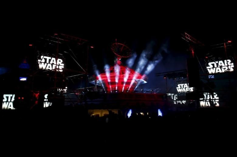 Next Star Wars movie to feature a female character new