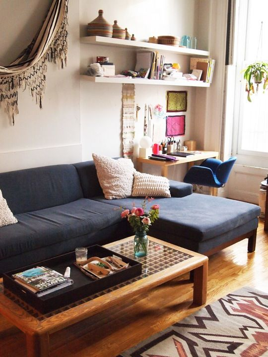 10 Perfect Living Room Home Office Nooks Short On E But Not Style Apartment Therapy