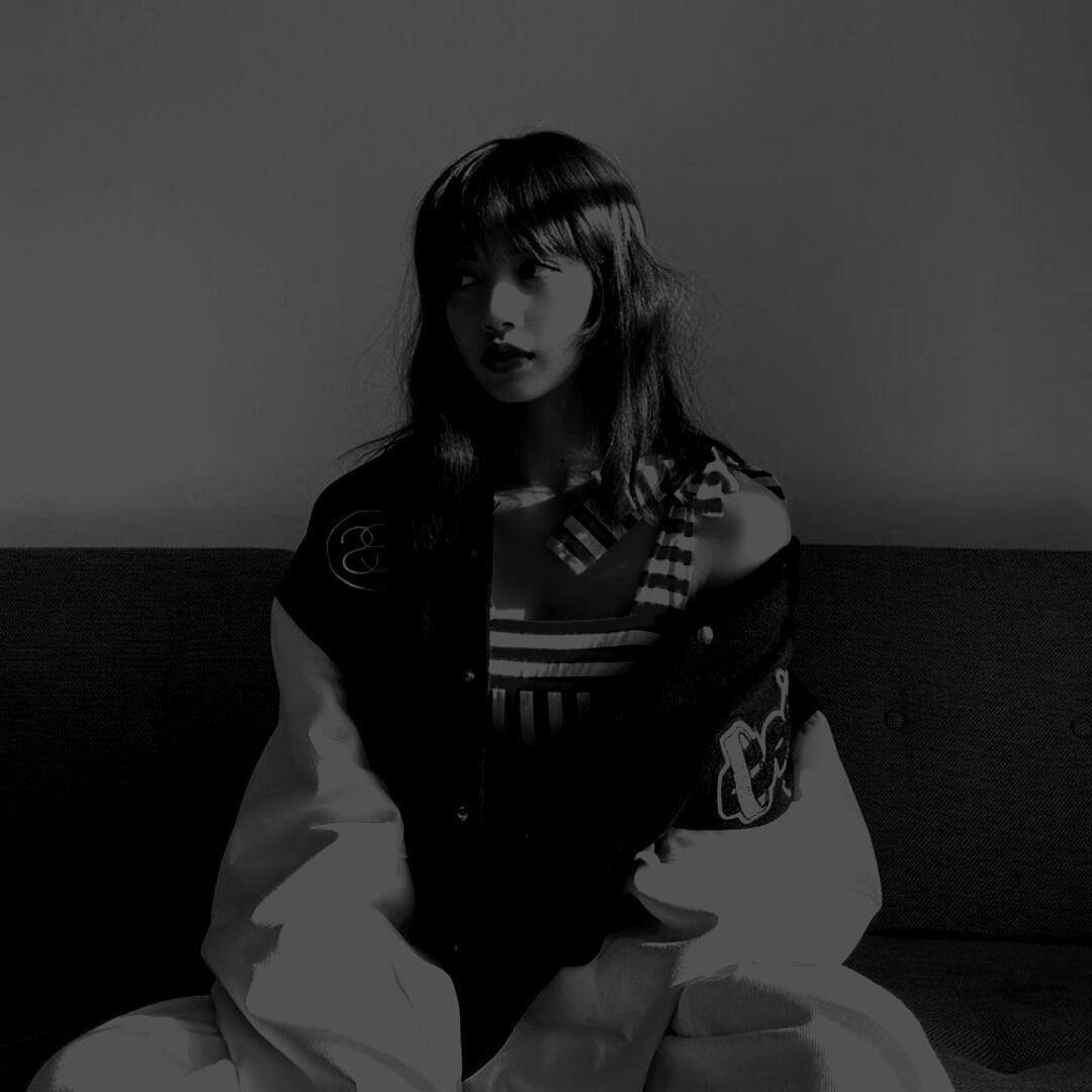 تنسِيقاتُ. in 2020 | Blackpink lisa, Dark aesthetic ...