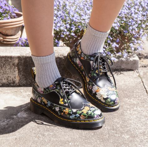 3989 Darcy Floral shoe. | Doc martens
