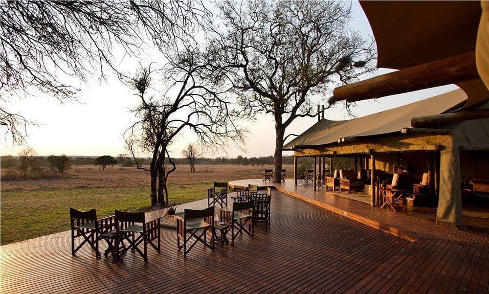 Rhino Post Safari Lodge Beautiful vacation spots, Safari