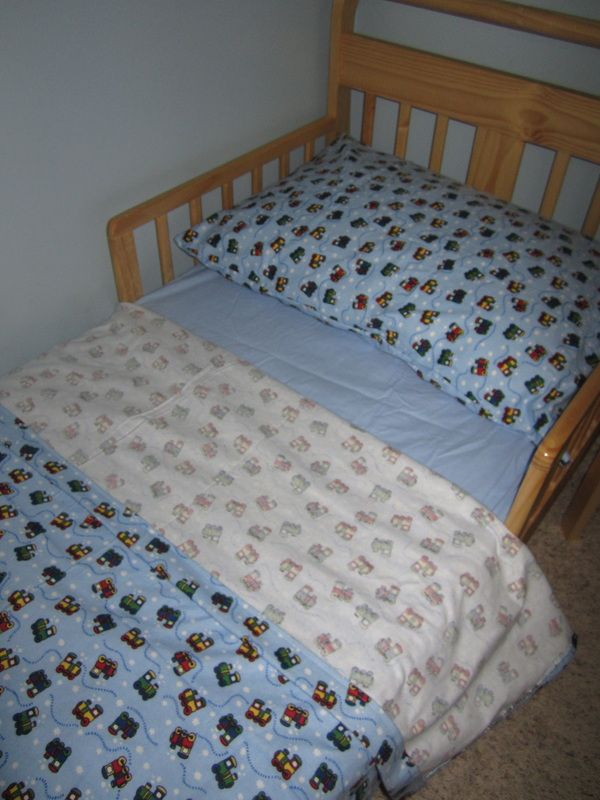 DIY Toddler Bed Flannel Sheets We Really Love Our Flannel Sheets During The  Cold Winter Months. We Had Flannel Sheets On Every Bed In The House Except  Our ...