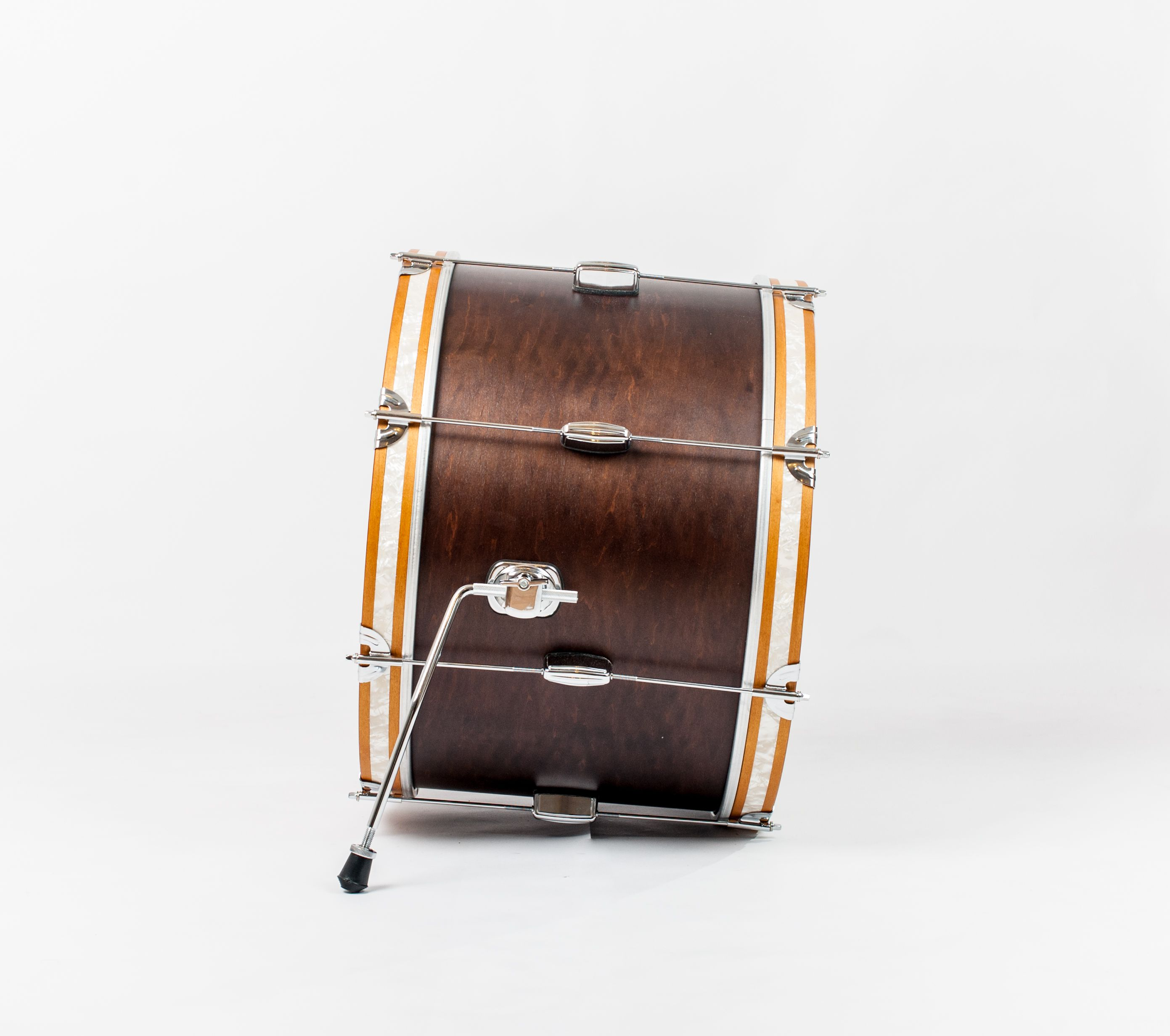 C&C Drums Europe - Vintage Drums - Player Date 2 - Walnut Satin - Bass Drum (side) www.candcdrumseurope.com