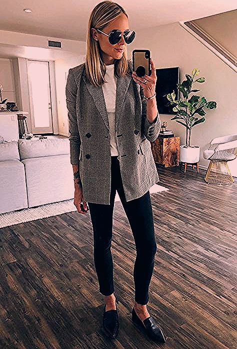 Photo of 35 Classy Office Wear Looks For Fall | Be Daze Live