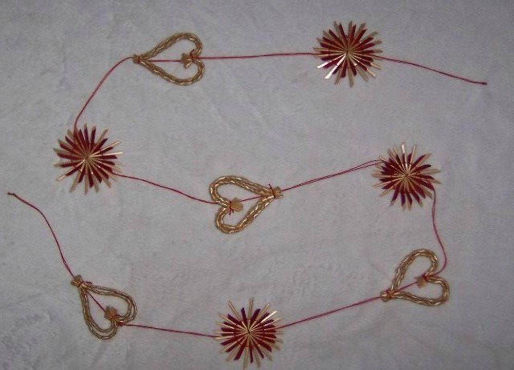 ScandinavianShoppe.com - Straw Garland - Hearts & Snowflakes (H1-782)