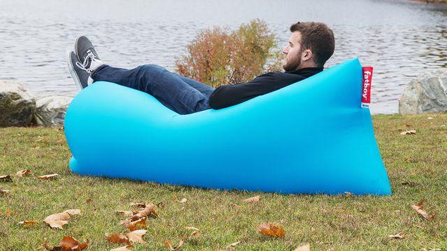 Wistia Video Thumbnail Fatboy Lamzac Instant Air Sofa Fatboy Bean Bag Chair Grommets