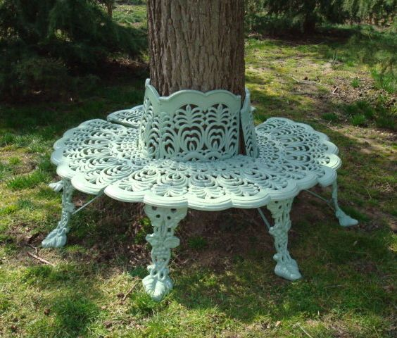 Wow A Rare Antique Cast Iron Tree Surround Or Seat In A Beautiful