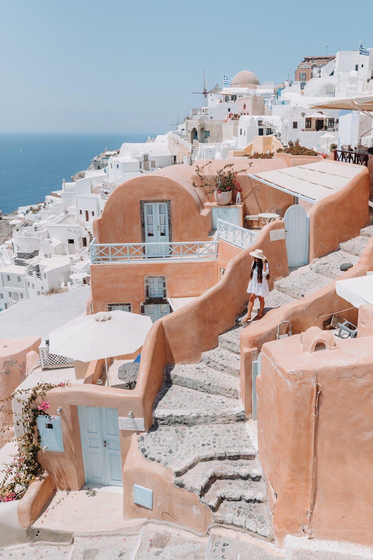 The 5 Best Photo Locations In Santorini Greece Alexandra Taylor Santorini Travel Santorini Greece Santorini Travel Guide