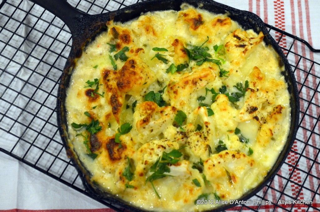 Cast Iron Skillet Goodness! Roasted Spicy Cauliflower & Goat Cheese Gratin