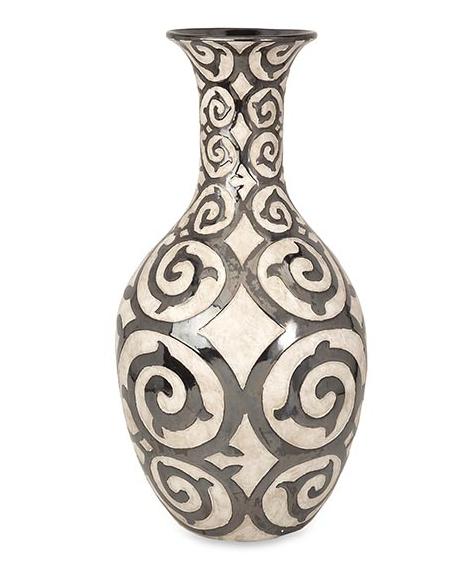 Benigna Vase