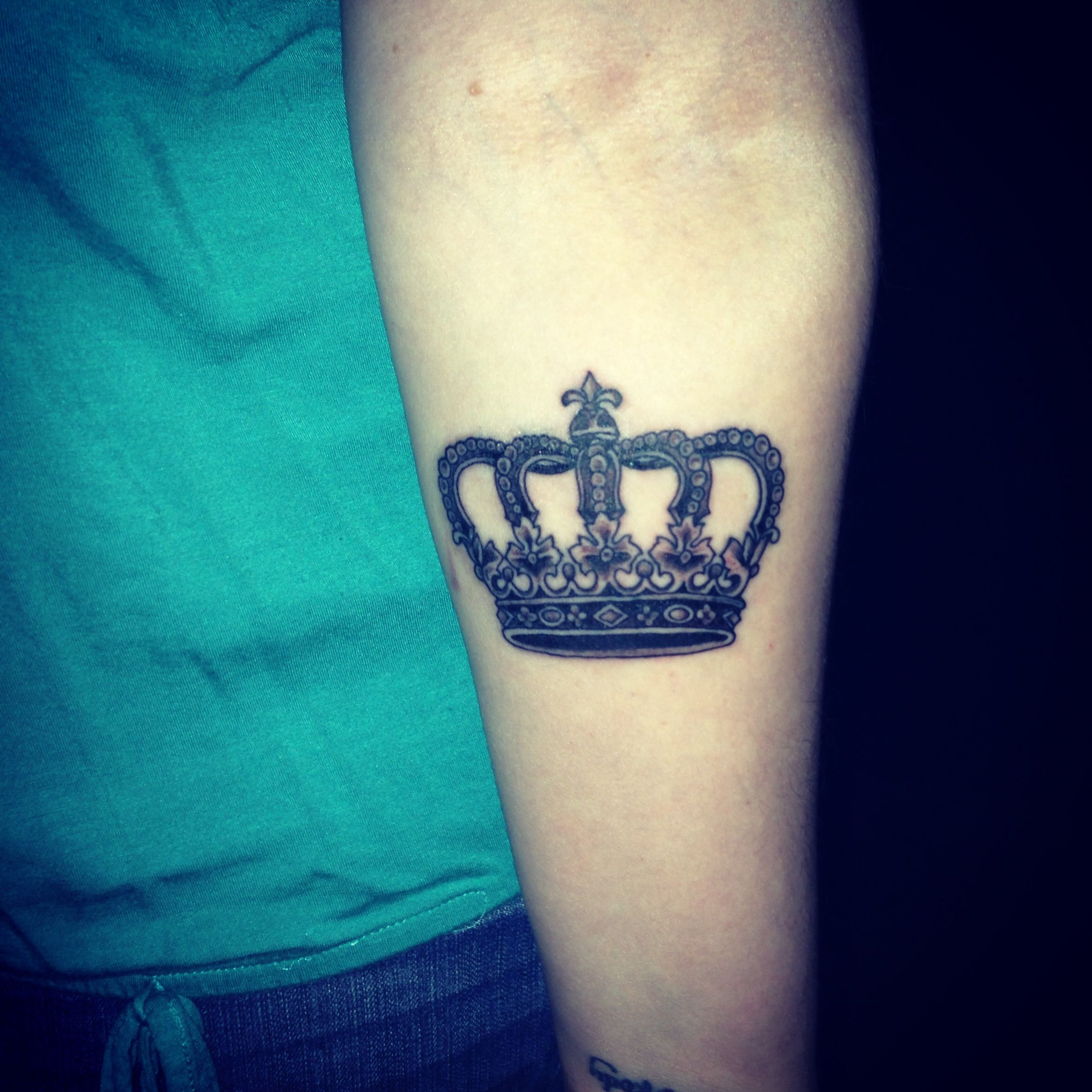 My newest tattoo.  I'm his queen!