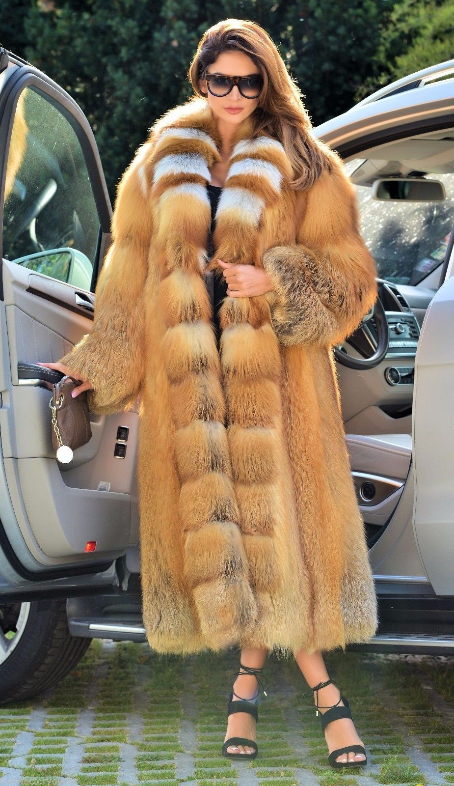 NEW FIRE GOLD FOX LONG FUR COAT CLAS OF CHINCHILLA SABLE