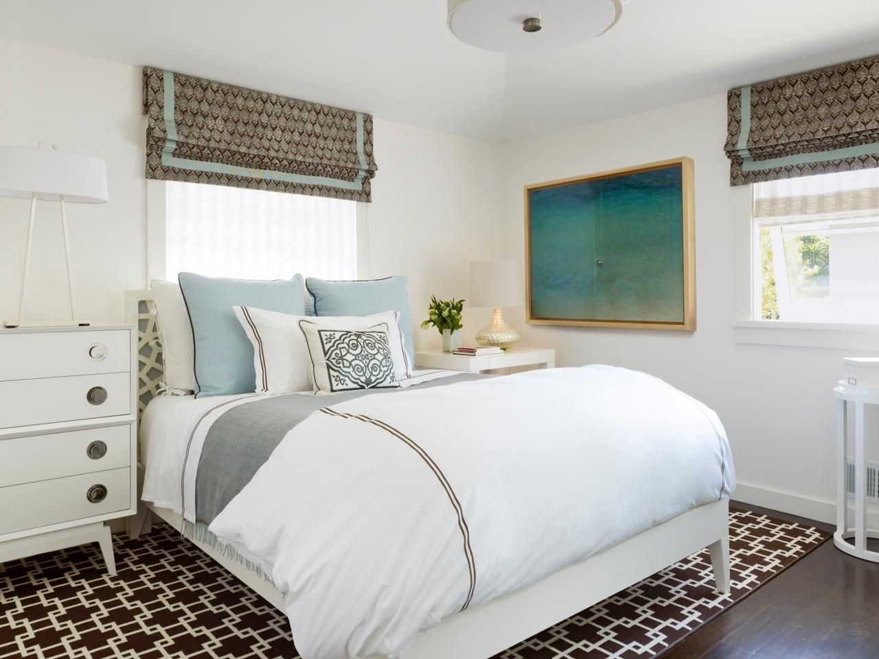 Small Master Bedroom Design Ideas Making A Small Bedroom Feel Larger With Images Small Bedroom Bedroom Design Home New hgtv small bedrooms