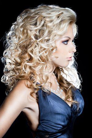 Permanente cheveux longs GIL COIFFEUR, expert permanente