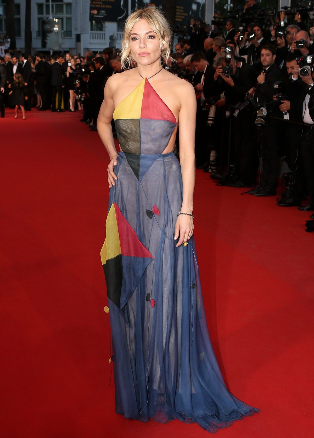 sienna miller dress may 2015 - Google Search   resimler   Pinterest