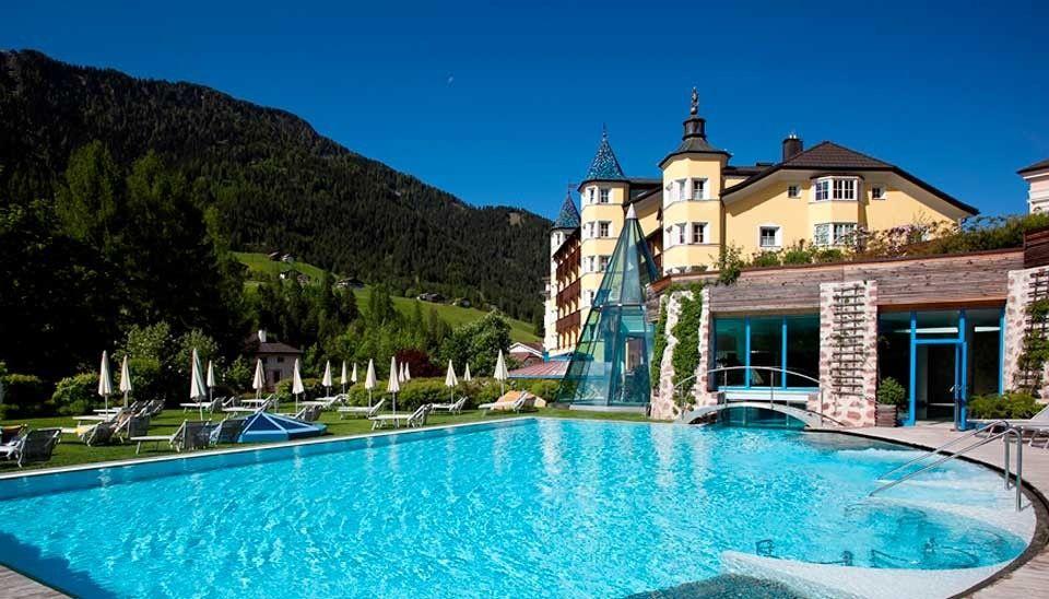 Piscina Esterna Dell Hotel Adler A Ortisei Small Luxury Hotels