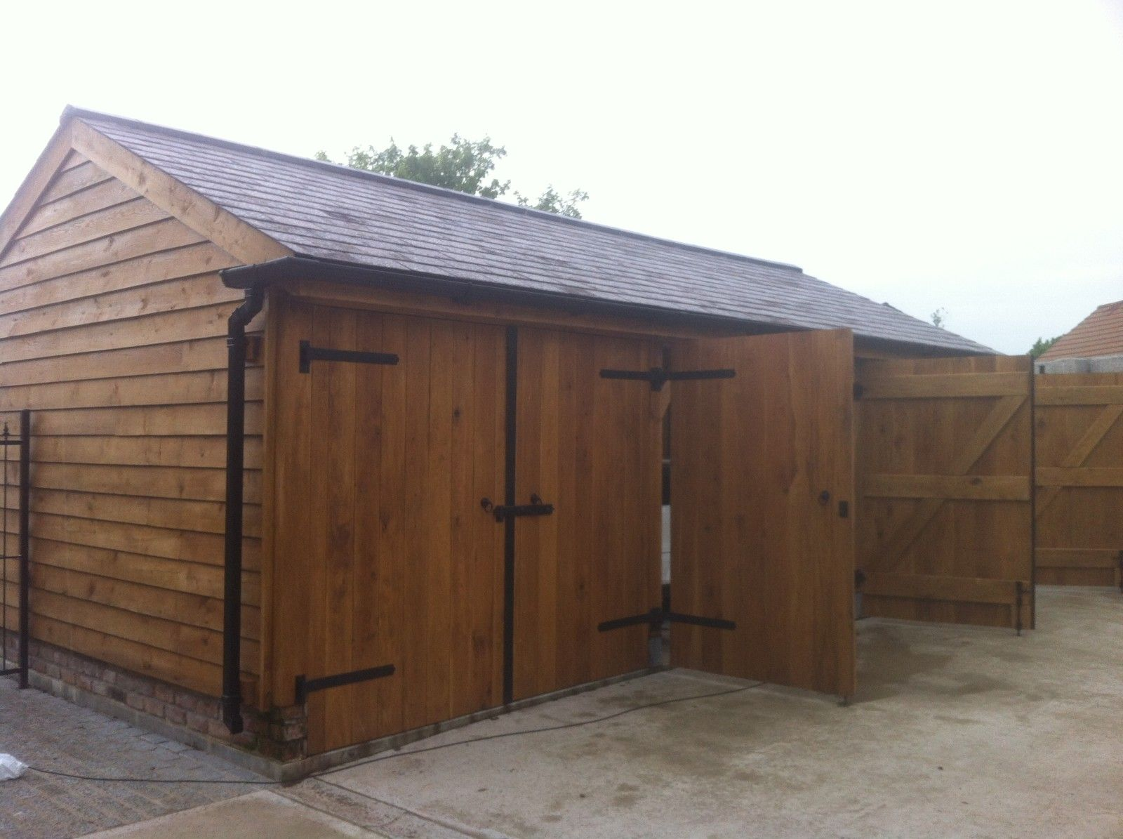 Oak Barn / garage, Hillsborough N. Ireland Glenfort www