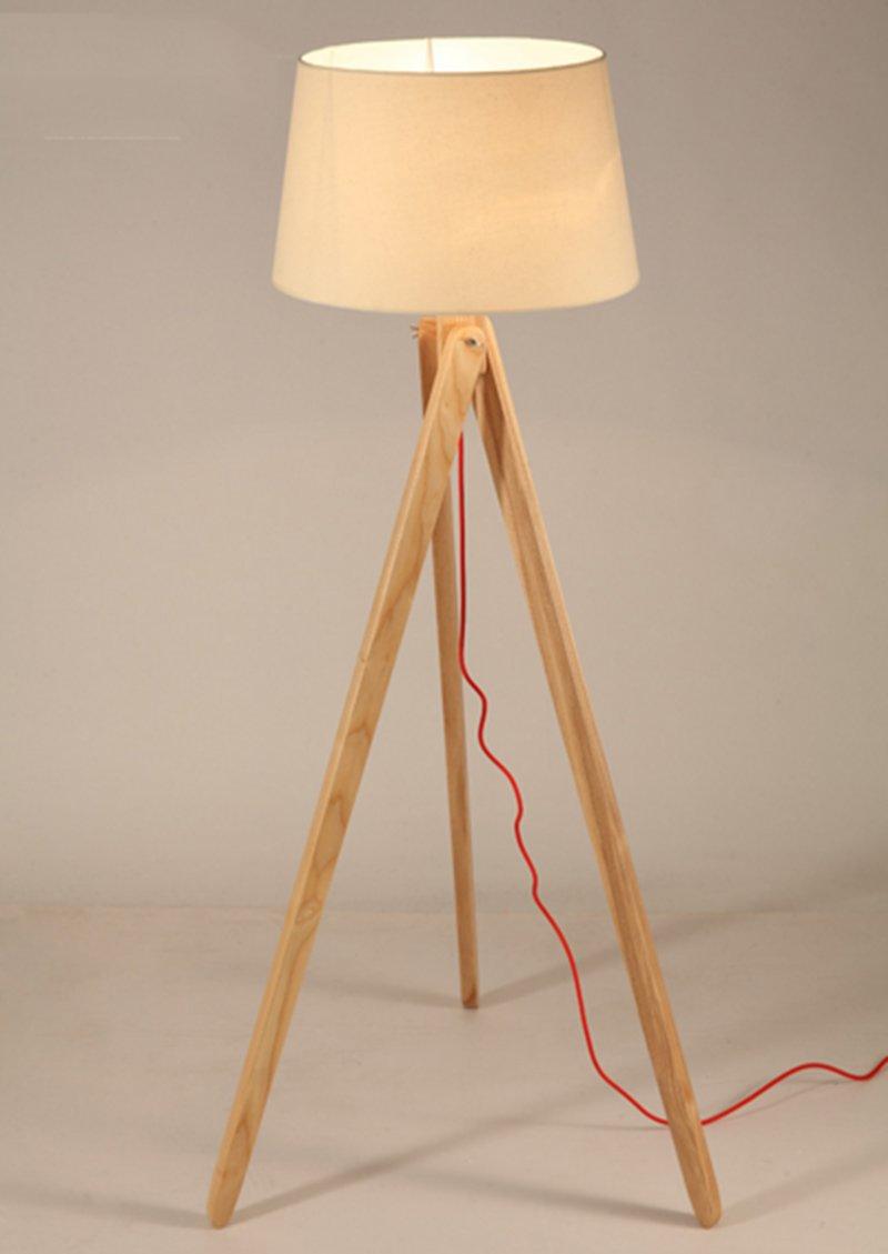 Nordic Wooden Floor Lamp Creative Living Room Study Bedroom Bedroom Wooden Tripod Floor Lamp Amazon De Beleuchtung Zimmer Beleuchtung Stativ