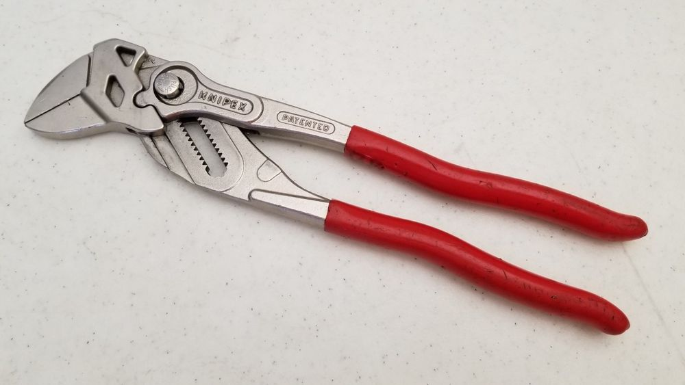 Used Knipex 8603 10 Smooth Jaw Push Button Adjustment Pliers 46mm 1 3 4 Jaw Adjustable Auction Finds