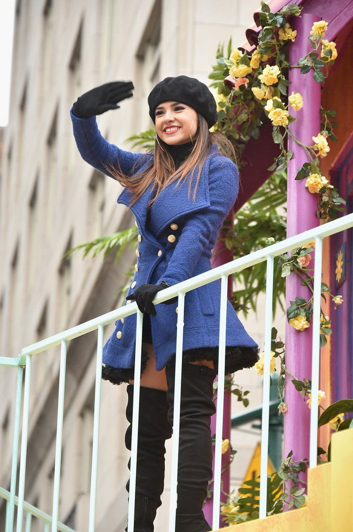 Stars Balloons And Santa Take Over The Macy S Thanksgiving Day Parade Becky G Outfits Becky G Style Becky G
