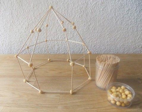 geometrische k rper bauen holz und erbsen sind nachwachsende rohstoffe schule pinterest. Black Bedroom Furniture Sets. Home Design Ideas