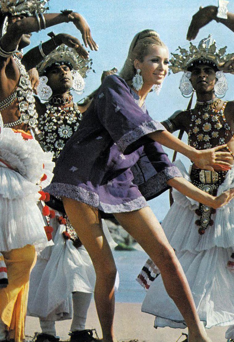 Ethnic dress, Isa Stoppi by Henry Clarke Vogue UK 1966