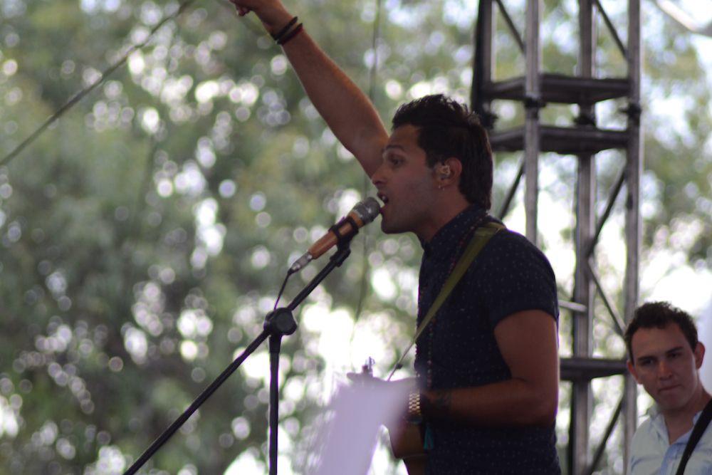 Guillermo Otero en el escenario del #ConciertoEXA2015