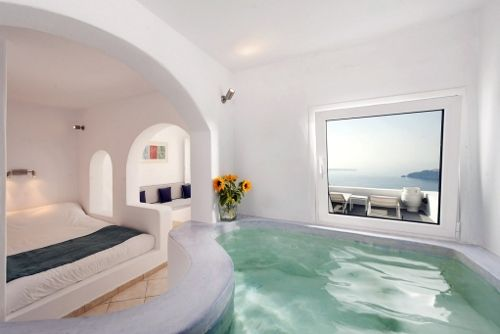 Honeymoon Jacuzzi Suite Santorini Honeymoonhoneymoon Hotelsimerovigli
