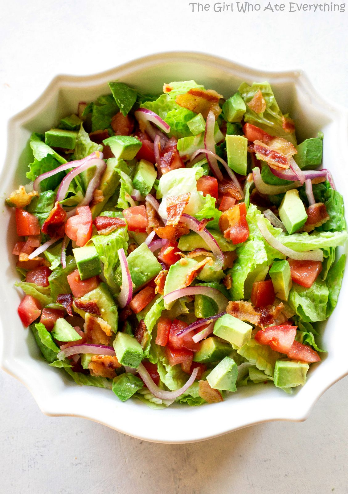 Guacamole Tossed Salad Recipe The Girl Who Ate Everything Recipe Spagetti Salad Recipes Vegetarian Salad Recipes Tossed Salad