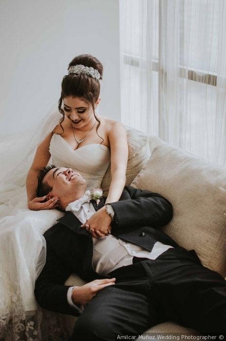 Relajados antes de la boda  ¡Mira la boda completa aquí!  Bodas.com.mx  Amilcar Muñoz Wedding Photographer// #wedding  #bodas #bodascommx #bodamexicana