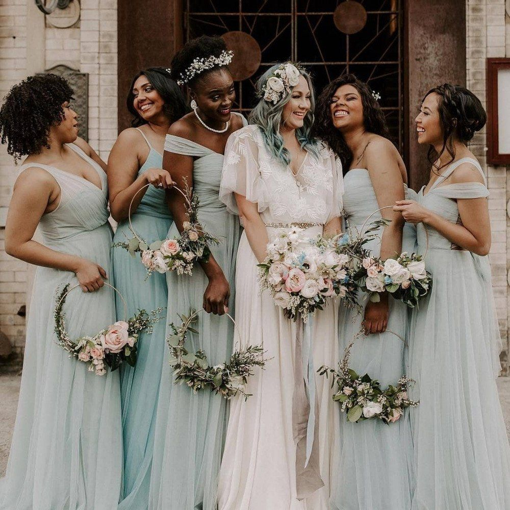 25 Floral Hoops That Ll Make You Look Twice Wedding Flower Guide