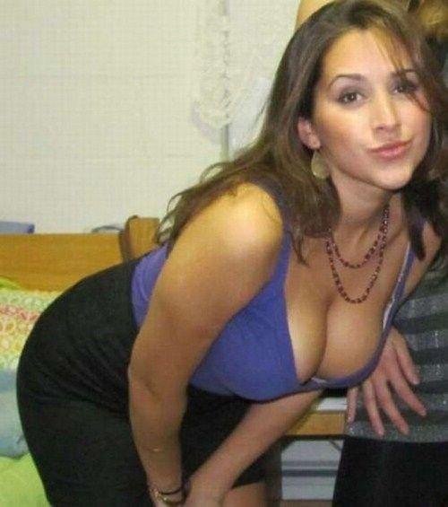 Chubby big tits amanda