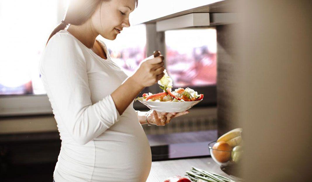 نقص البروتين عند الحامل Sophie Release Dove