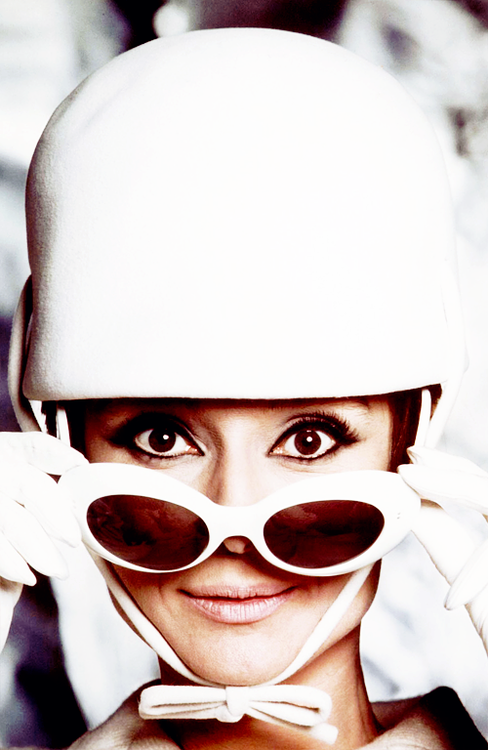 Audrey Hepburn in how to steal a million 1966
