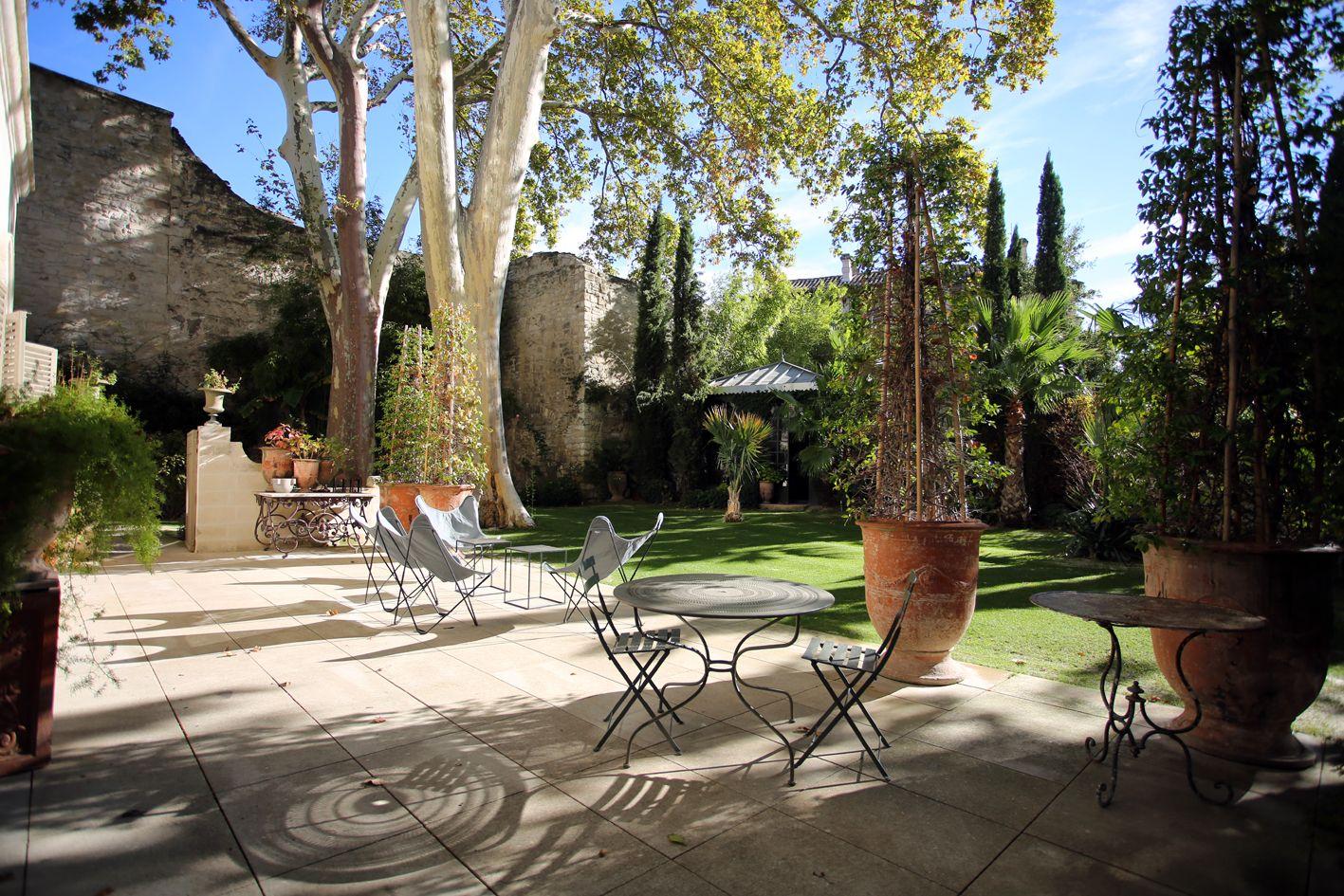 Luxury rooms in avignon stay at la divine com die private for Boutique hotel avignon
