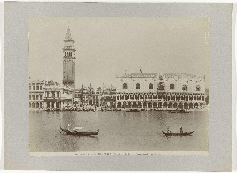 Fratelli Alinari | Dogenpaleis (Palazzo Ducale), Piazzetta, campanile en San Marco, Venetië, Fratelli Alinari, c. 1880 - c. 1895 |