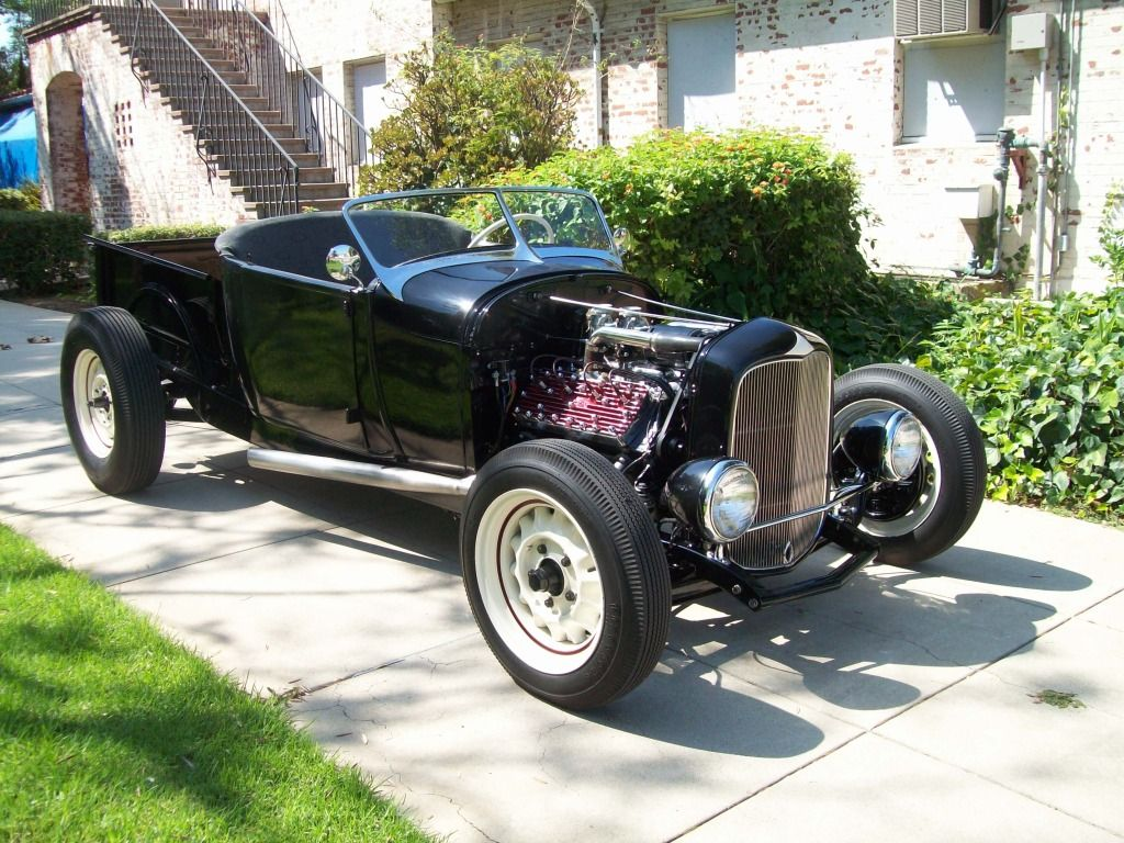 1929 Ford RPU on 1930 Chevrolet frame with artillery wheels. | Hot ...