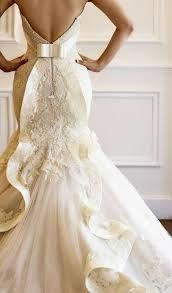 Resultado de imagem para vestido de noiva rodado tumblr