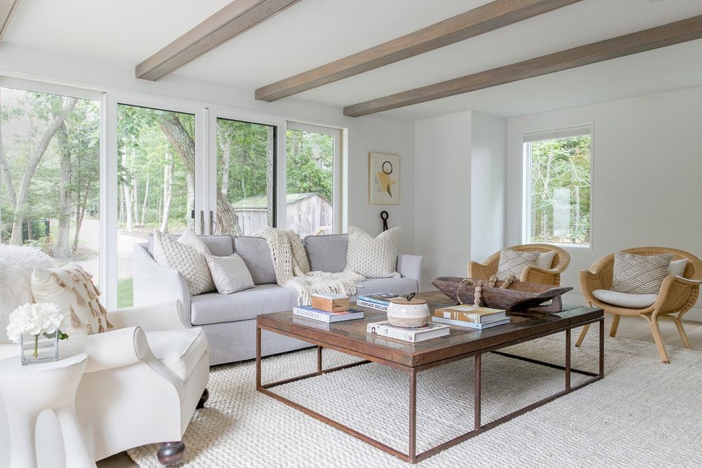 A Dated Hamptons Beach House Gets a