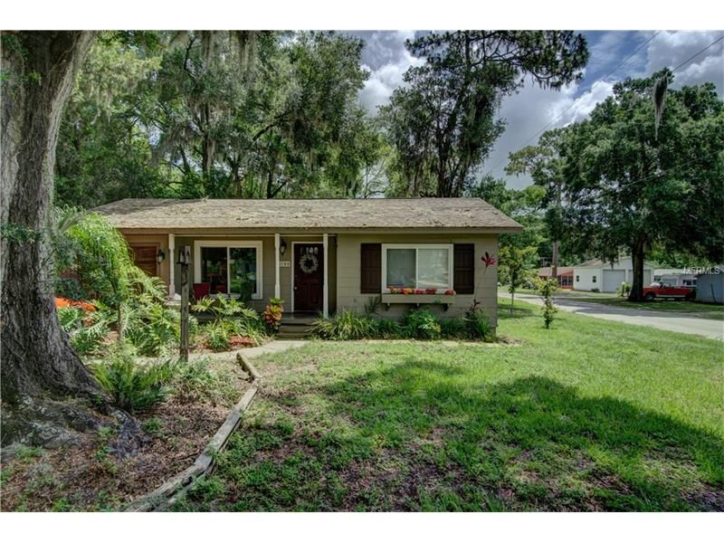 photo of single family property for sale at 5044 9th st zephyrhills rh za pinterest com